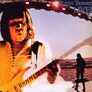 Robin Trower live (320x320)